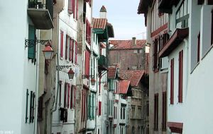vieille-rue-ciboure